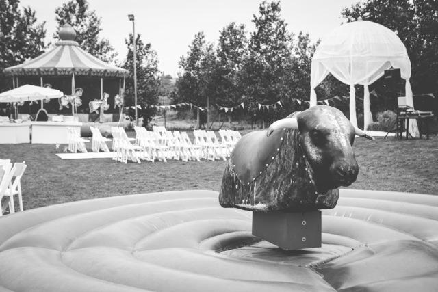 חתונת קונספט - יריד אמריקאי - שחור זועם תמונה שחור לבן