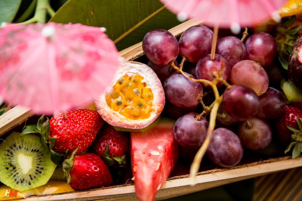 אירוע קיץ - פירות טרופים
