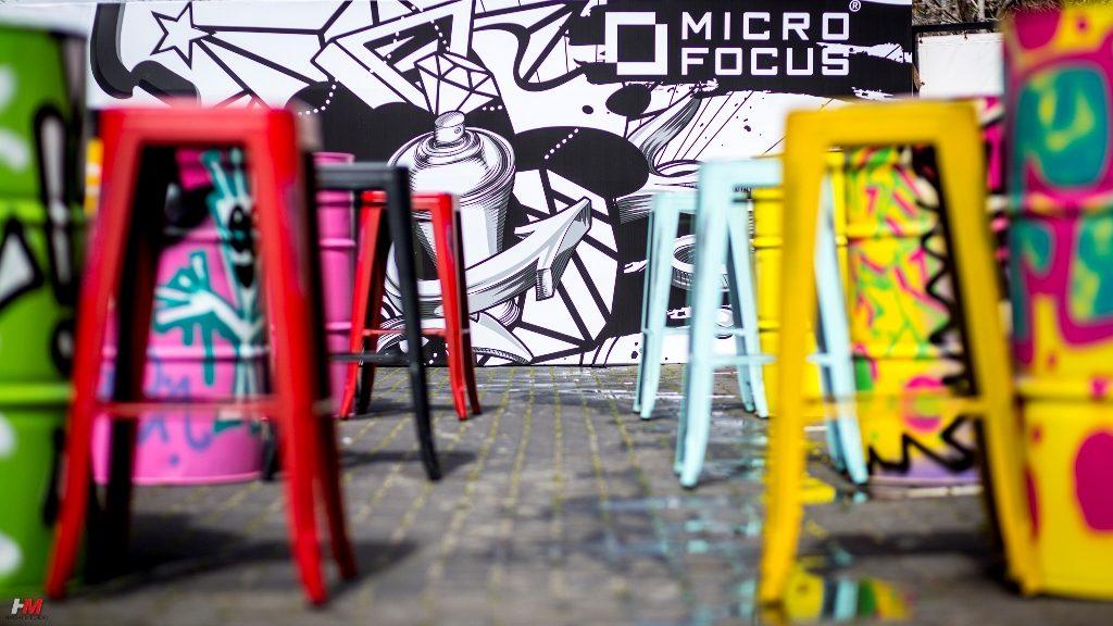 כסאות צבעונים