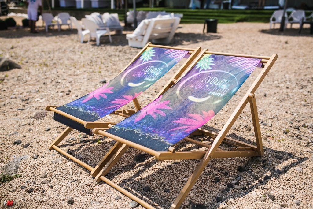 אירוע עובדים   מיתוג כיסאות חוף